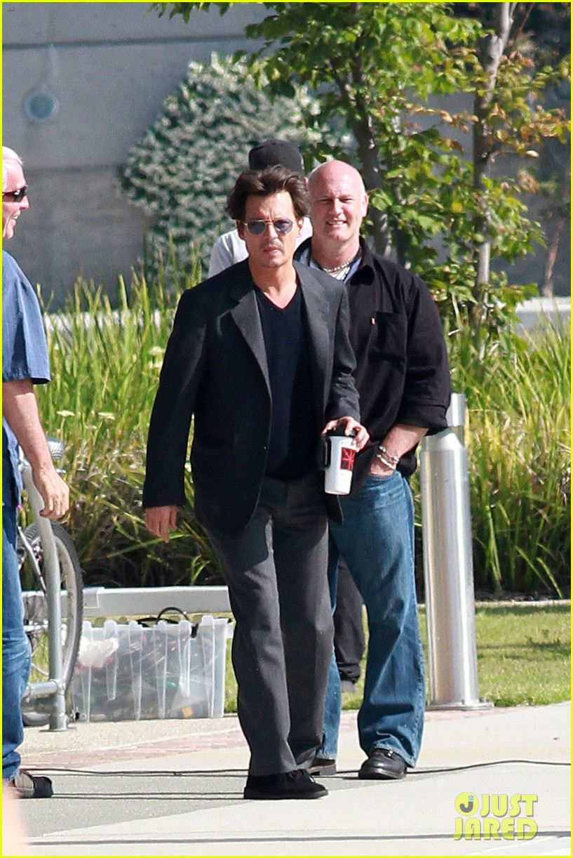 johnny depp transcendence coffee break 112868659