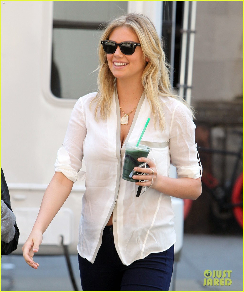 cameron diaz hides kate upton smiles wide on set 15