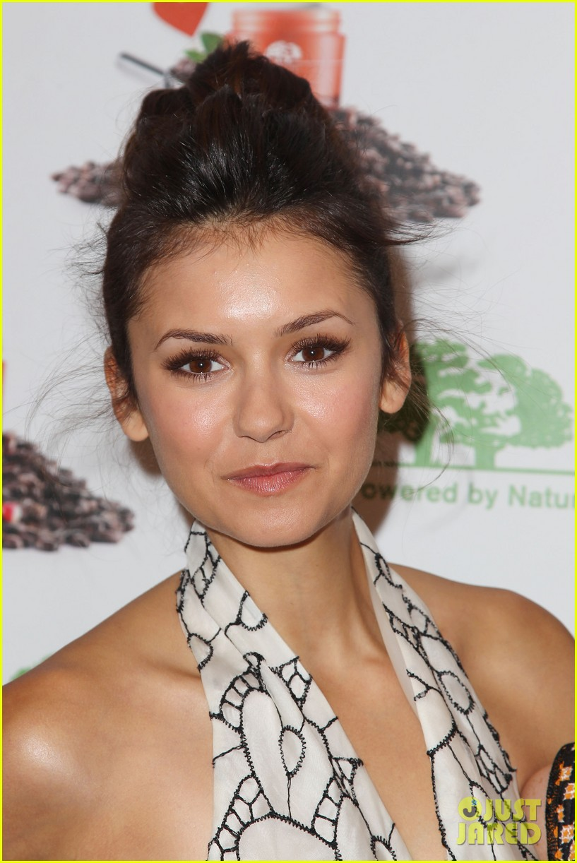 nina dobrev new origins ginzing moisturizer launch 14