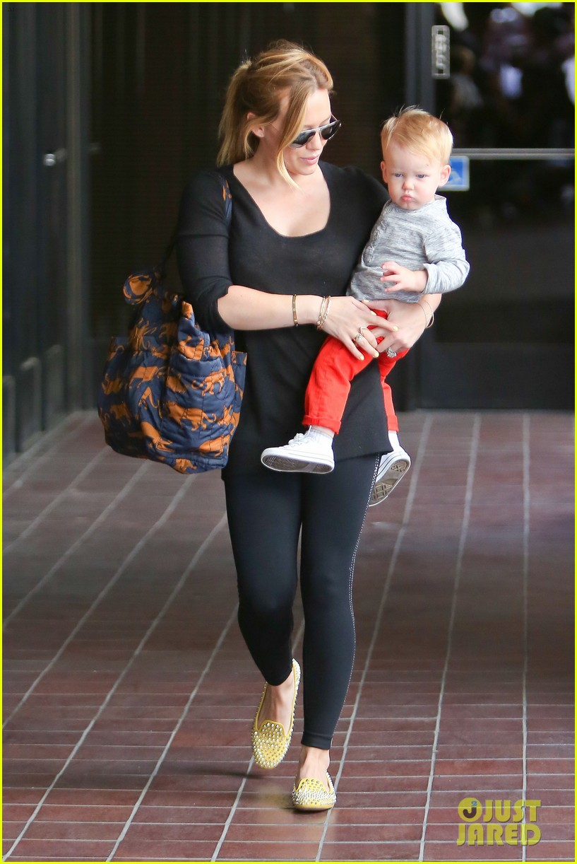 hilary duff luca gets his hair cut 102867673