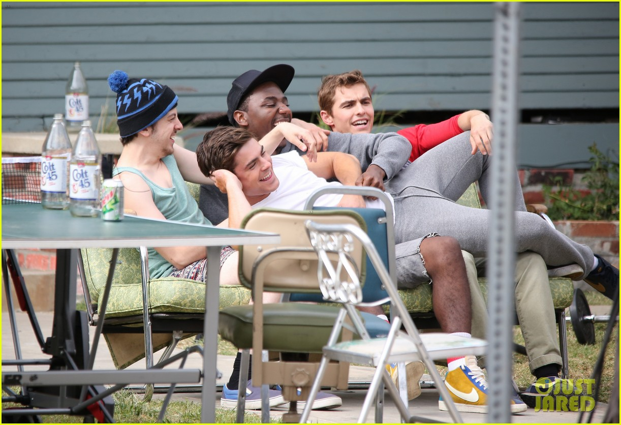 zac efron sweats it out with dave franco on townies set 03