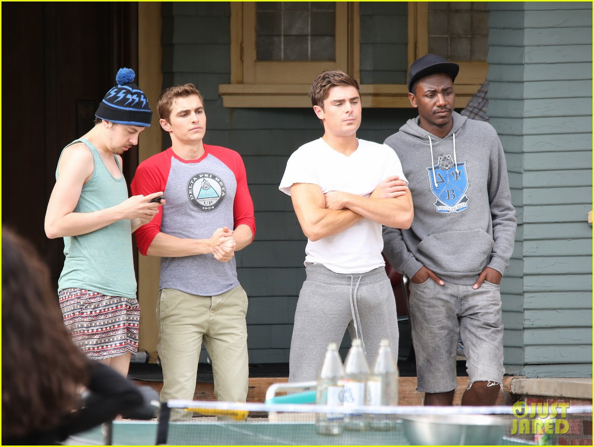 zac efron sweats it out with dave franco on townies set 242867036