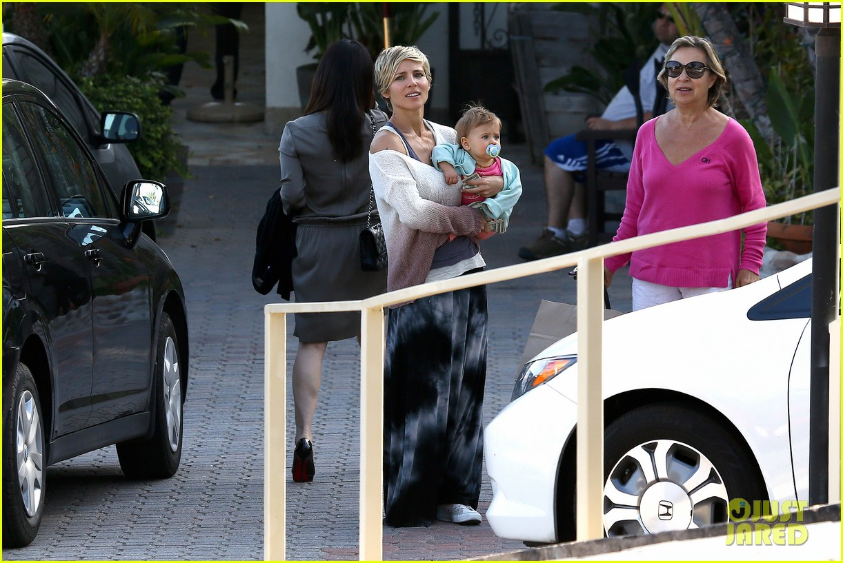 elsa pataky takes india to lunch with her mom 082879061
