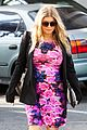 fergie flower power baby bump 10