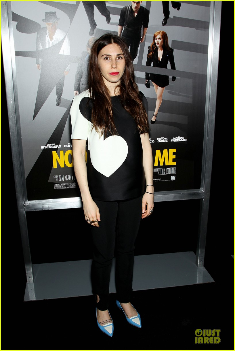 isla fisher jesse eisenberg now you see me premiere 05