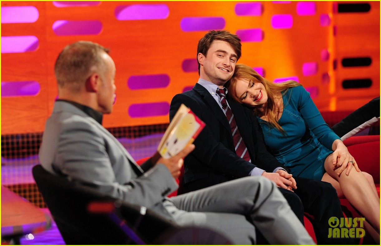 daniel radcliffe isla fisher graham norton show guests 02