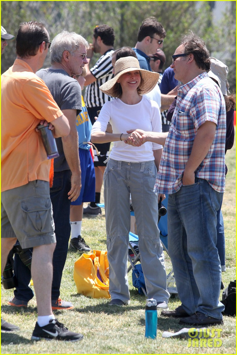harrison ford calista flockhart liam soccer game 12