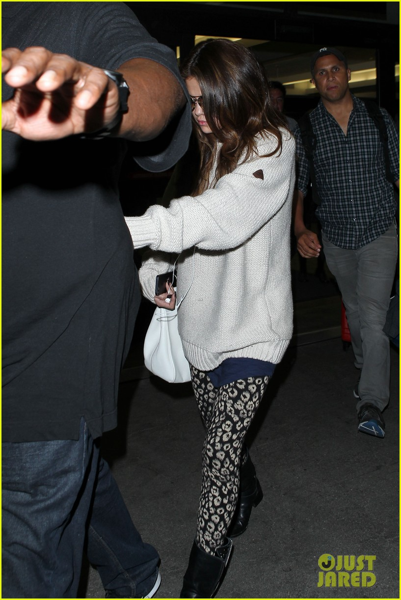 selena gomez back in los angeles after press tour 03