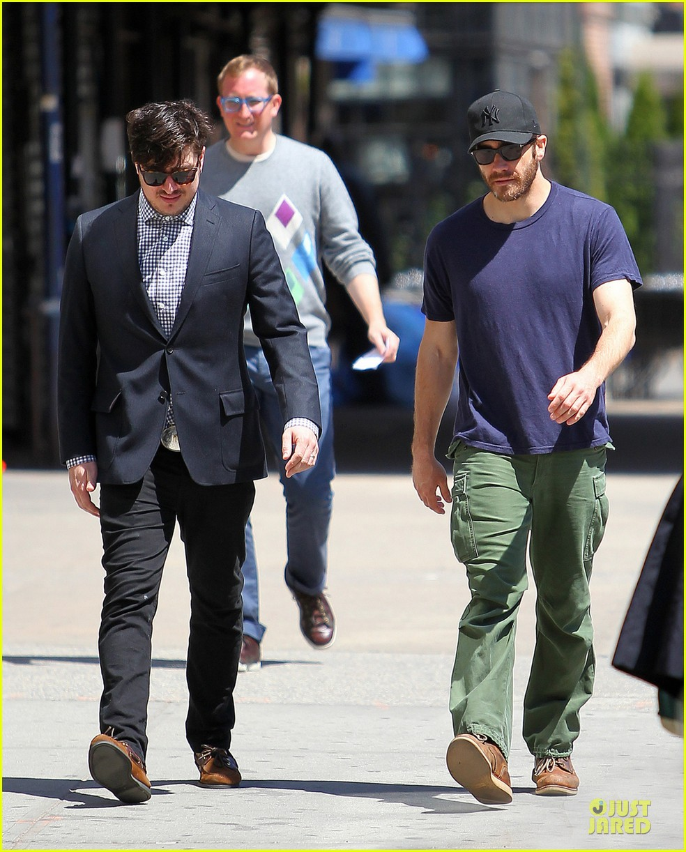 jake gyllenhaal marcus mumford east village bonding 03