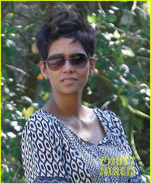 halle berry i love mothers day 06
