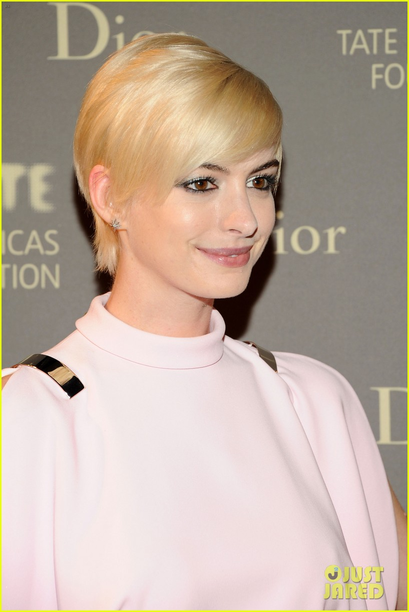anne hathaway sarah jessica parker tate americas event 212866998