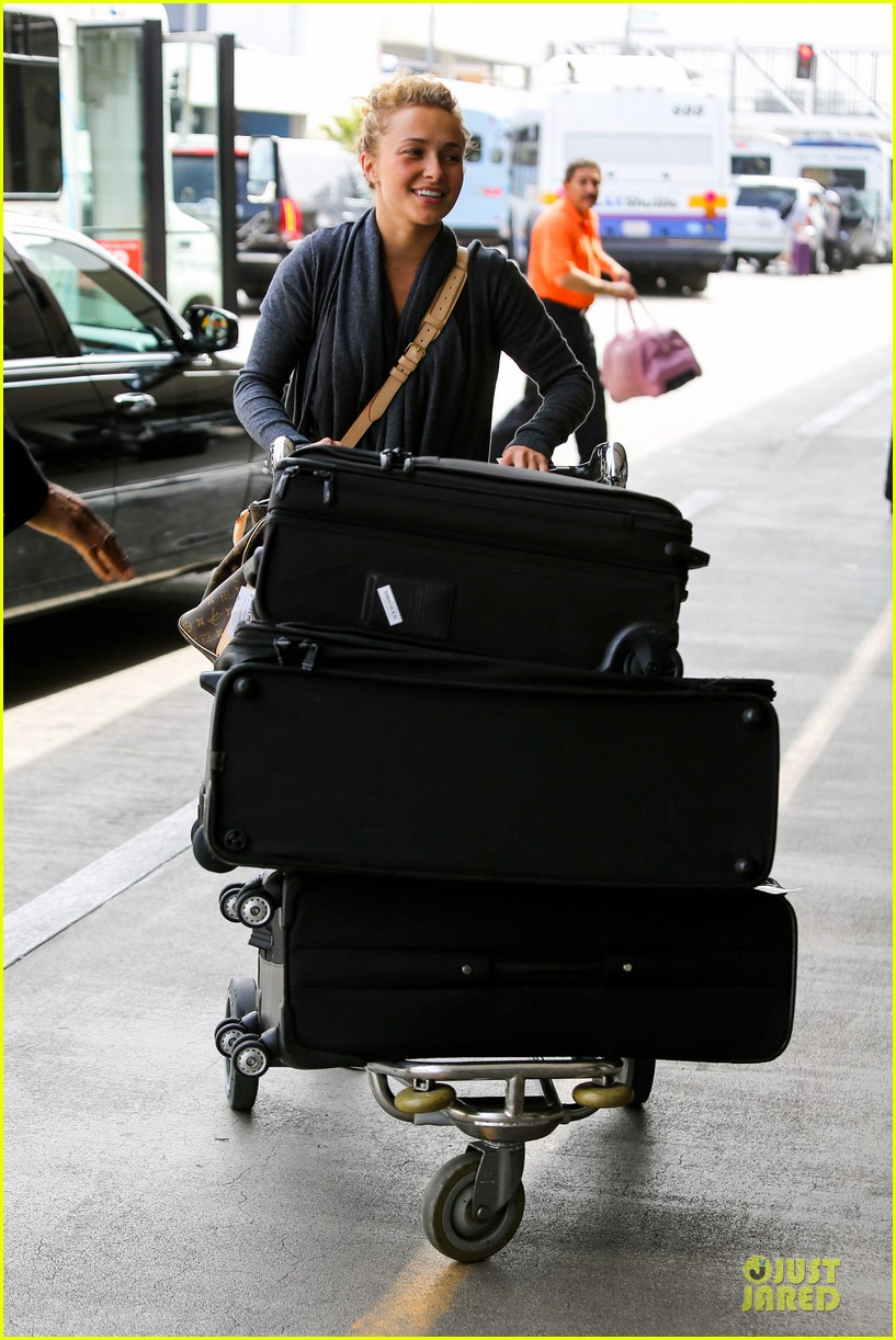 hayden panettiere conne britton memorial day weekend lax departures 102877974