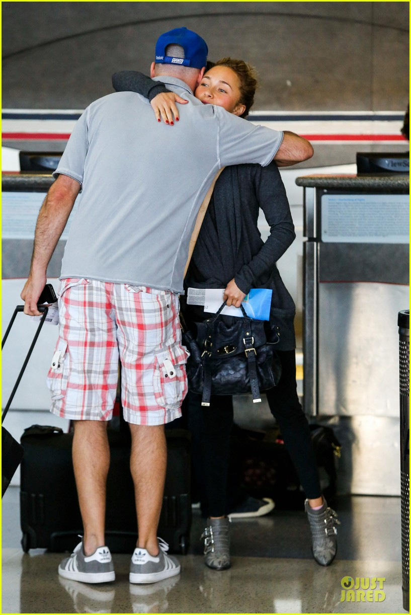 hayden panettiere conne britton memorial day weekend lax departures 112877975
