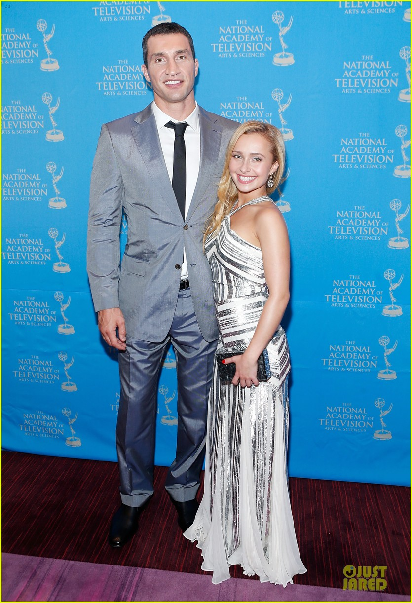 hayden panettiere wladimir klitschko sports emmy awards reception 05