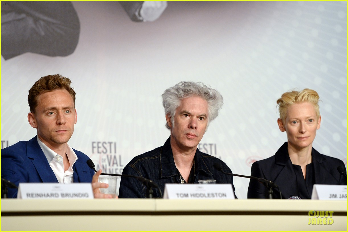 tom hiddleston tilda swinton only lovers left alive cannes photo call 09