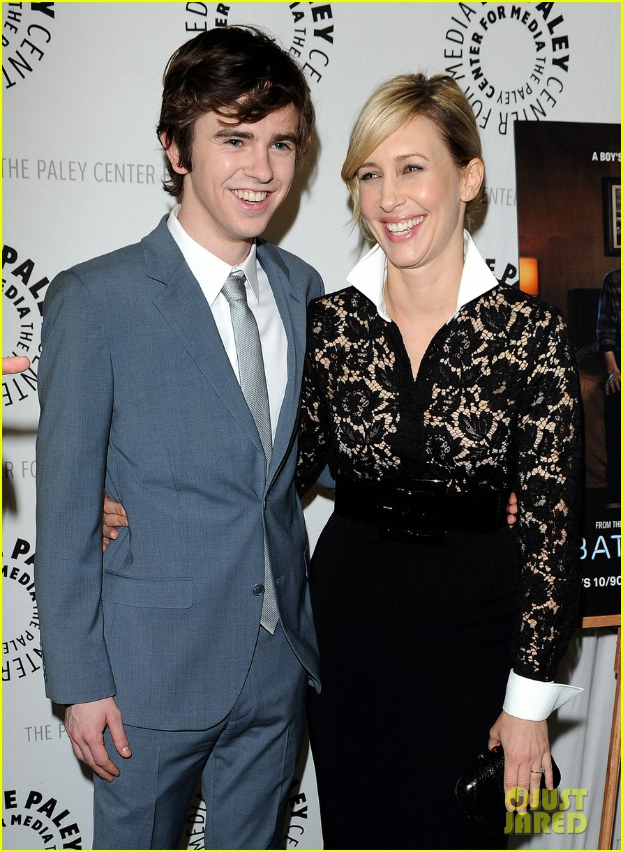 Pics Photos - Freddie Highmore Girlfriend Posted In ... Vera Farmiga Instagram