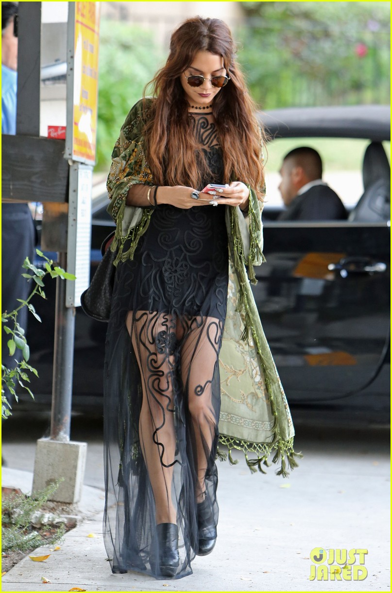 vanessa hudgens hipster chic style at hair salon 12