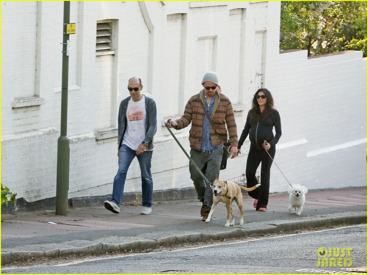 channing tatum jenna dewan take a dog walk following vet visit 08