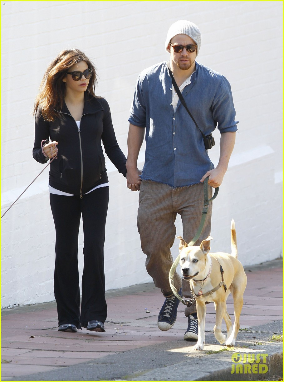 channing tatum jenna dewan take a dog walk following vet visit 18
