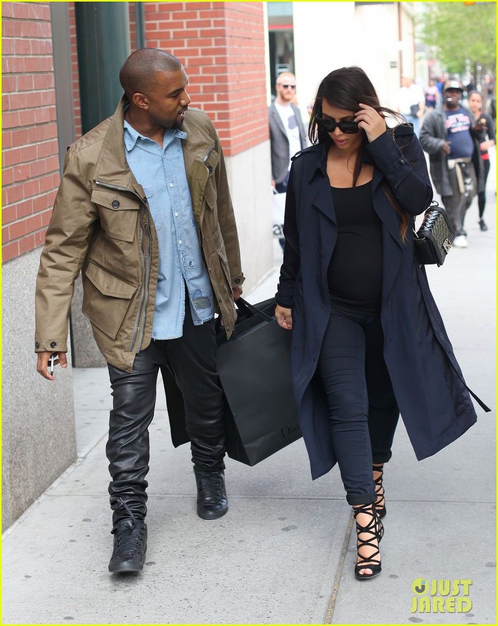 kim kardashian kanye west dine at anna wintours home pre met ball 01