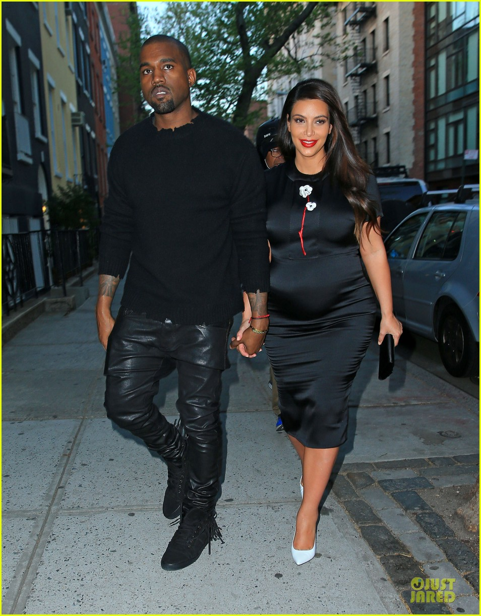 kim kardashian pregnant dinner date with kanye west 01