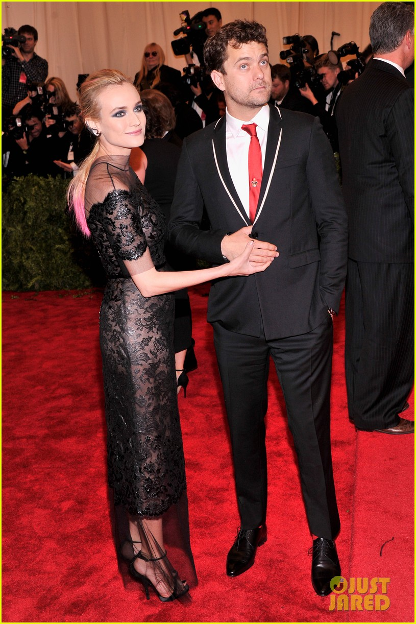 diane kruger joshua jackson met ball 2013 red carpet 032865625