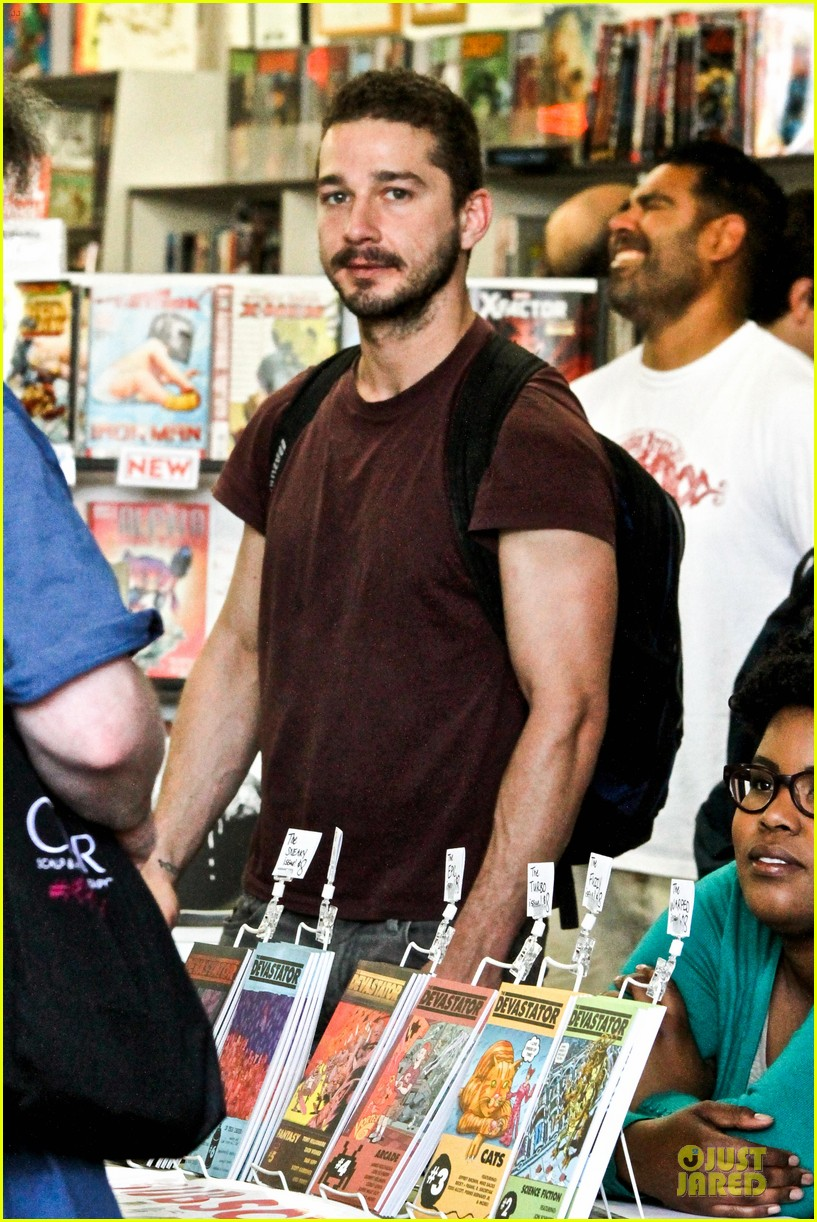 shia labeouf stale n mate book signing 092863608