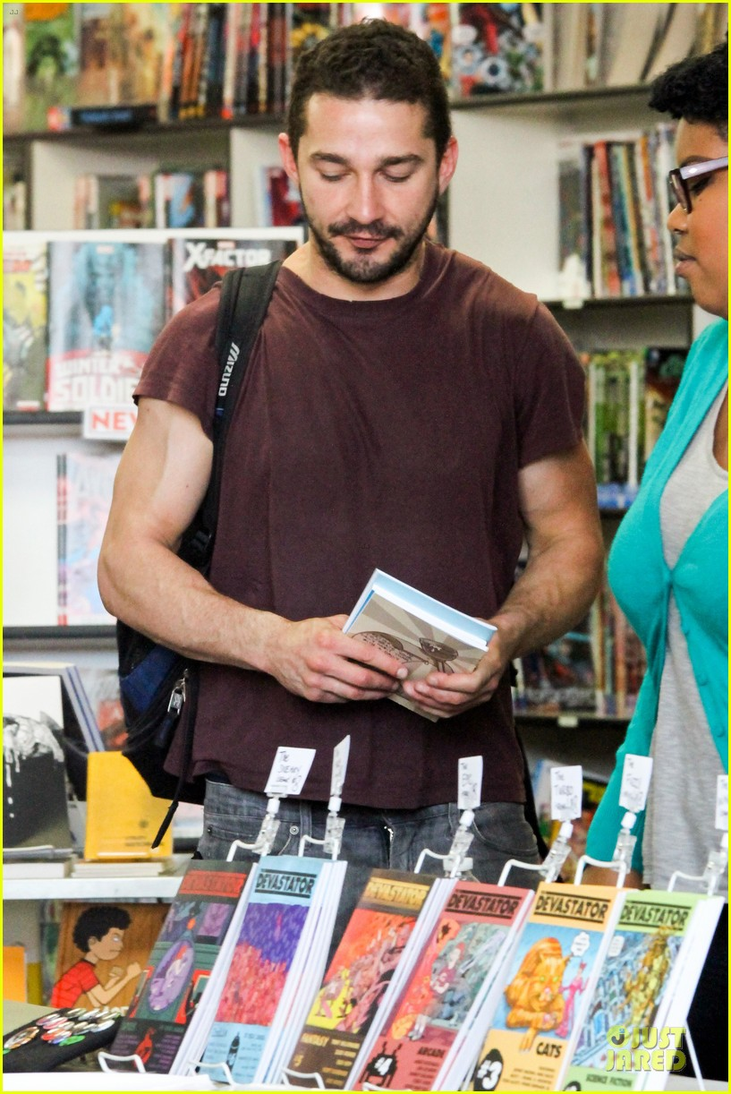 shia labeouf stale n mate book signing 11