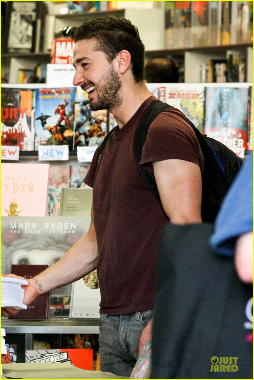 shia labeouf stale n mate book signing 15