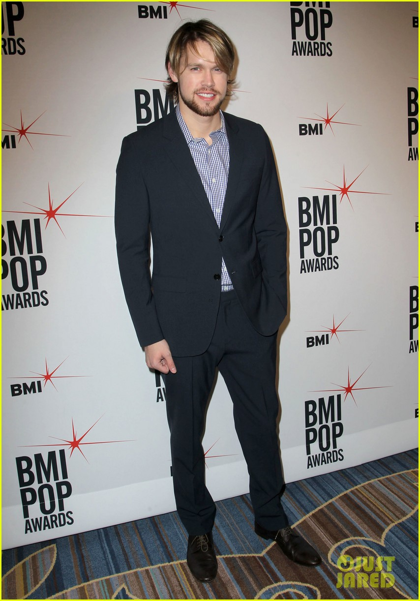 adam levine karmin 2013 bmi pop awards 17