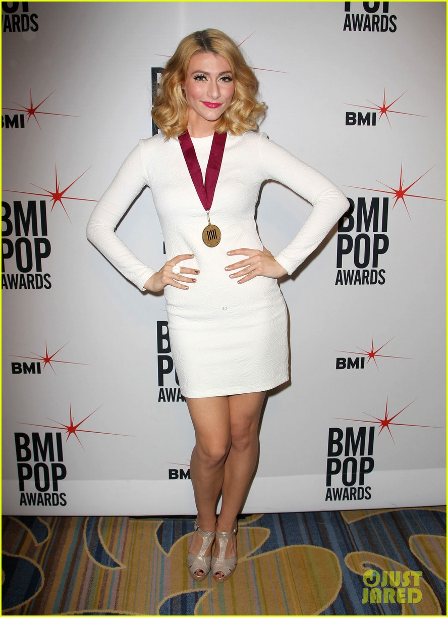 adam levine karmin 2013 bmi pop awards 20