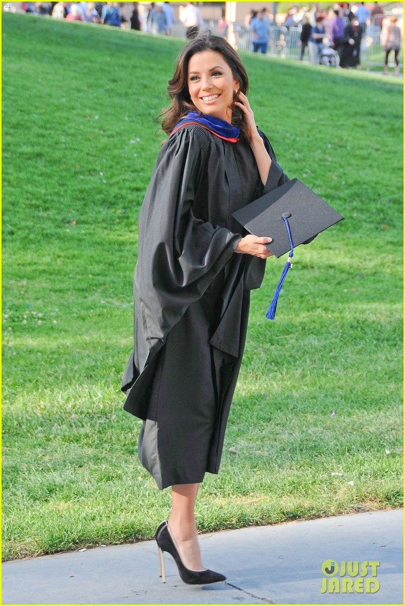 eva longoria graduates with a masters degree from csu 18