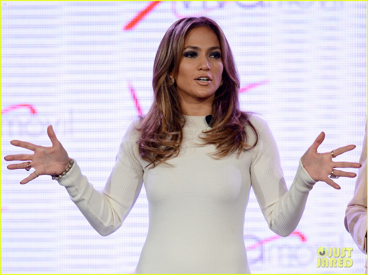 jennifer lopez verizon viva movil press conference 142876339