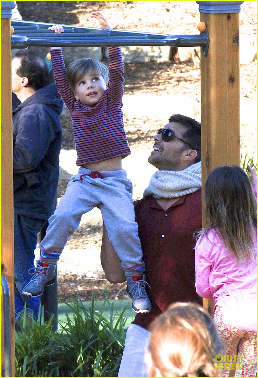ricky martin bronte park with the twins 13