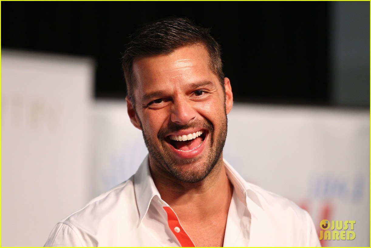 ricky martin meets fans at greatest hits event in australia 022867592