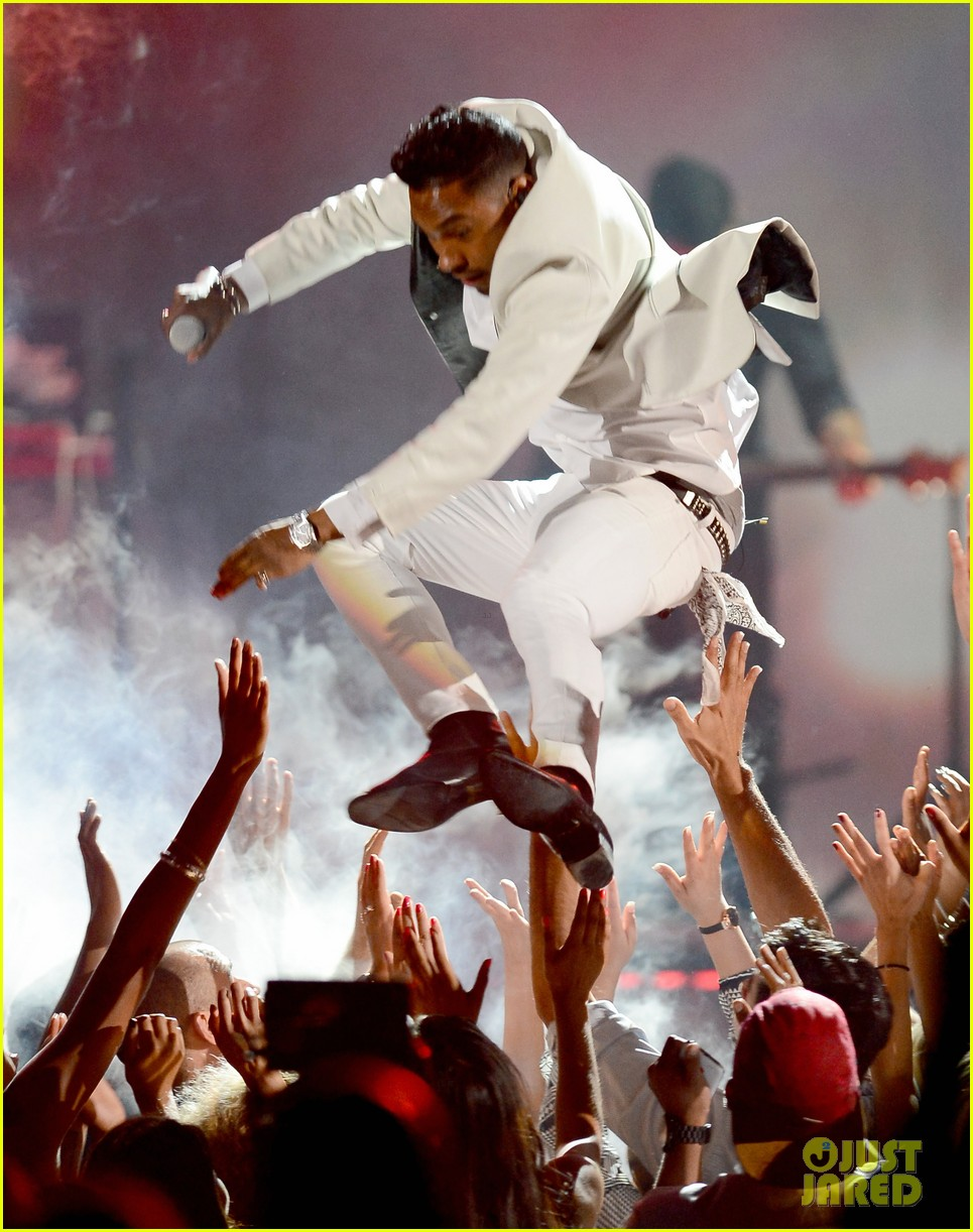 miguel billboard music awards 2013 performance video 05