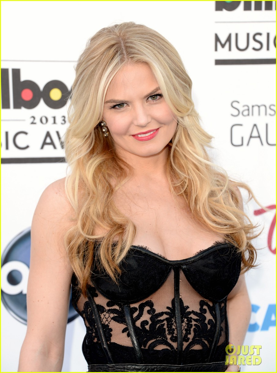jennifer morrison billboard music awards 2013 red carpet 022873953