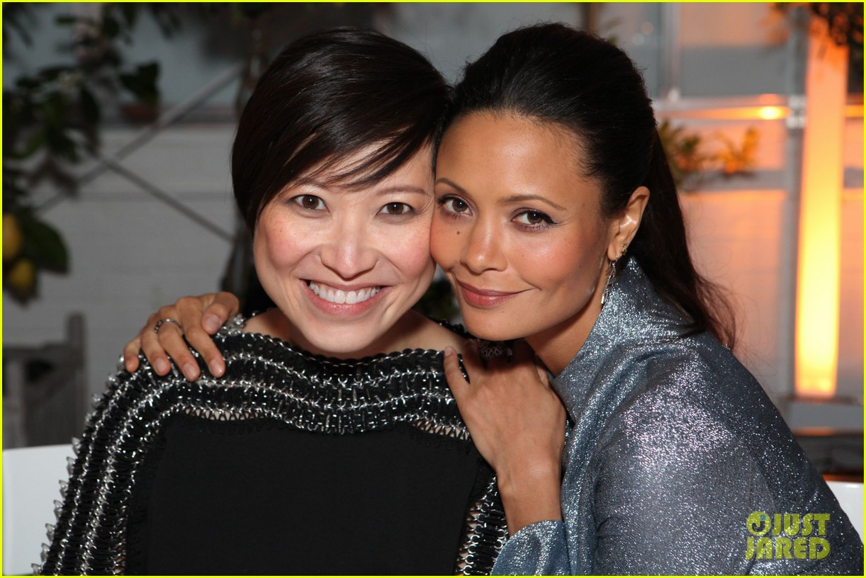thandie newton samantha barks jimmy choo dinner 02
