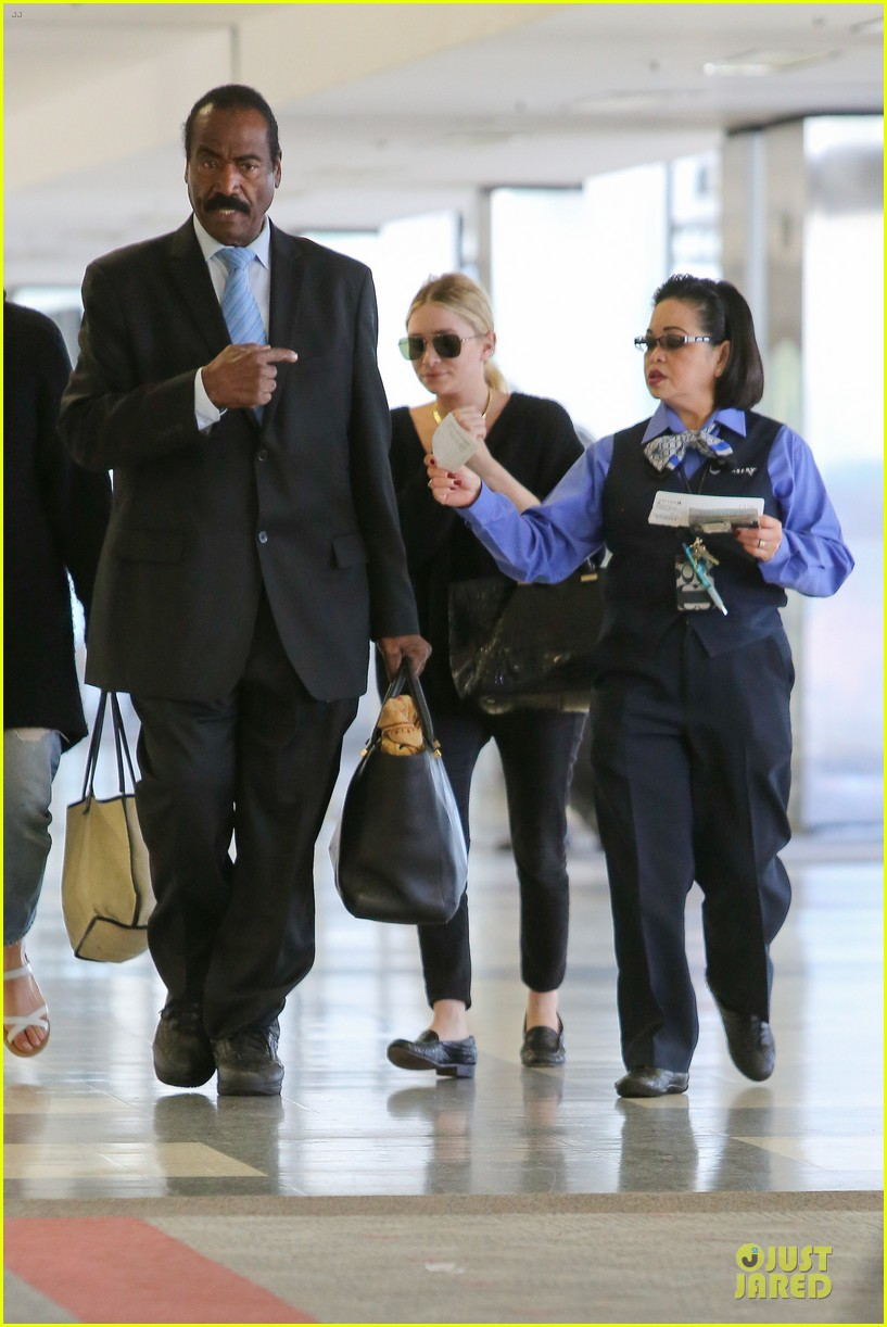 ashley olsen memorial day lax departure 13