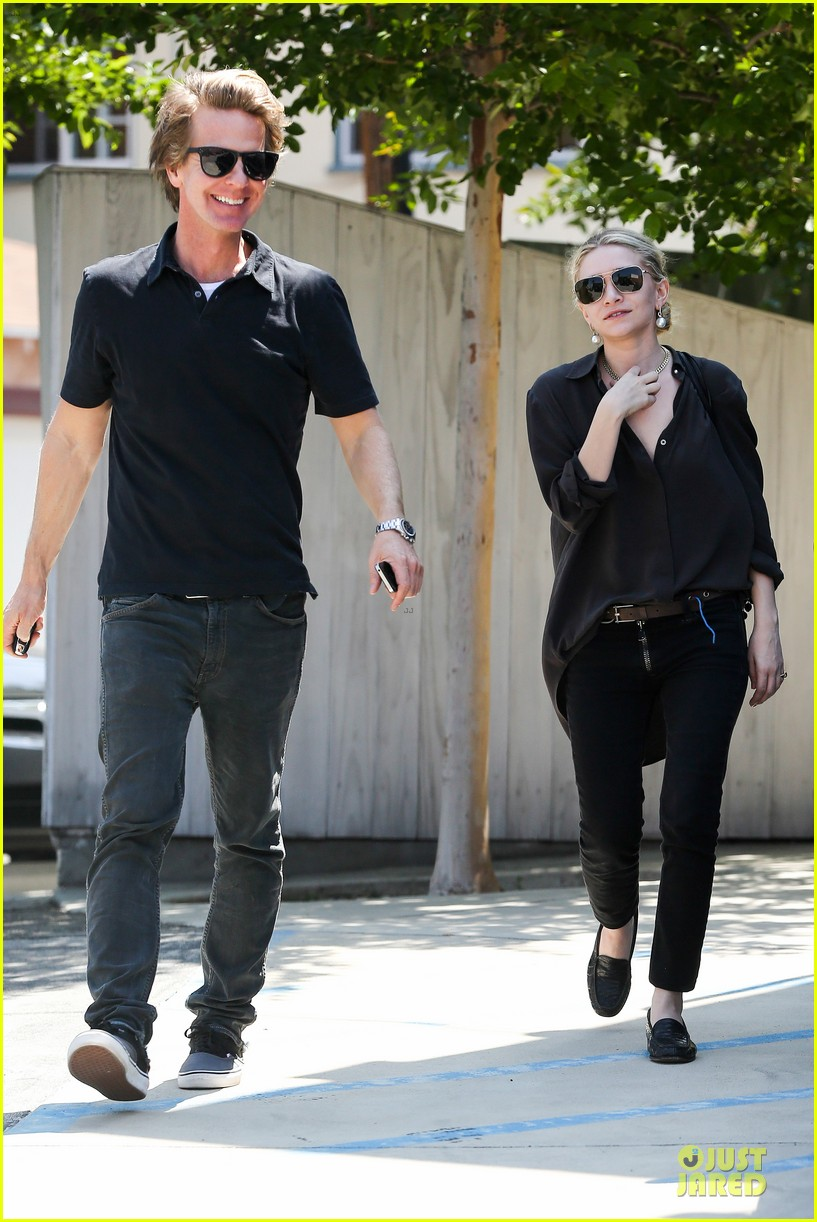ashley olsen shopping trip after lax arrival 012868585