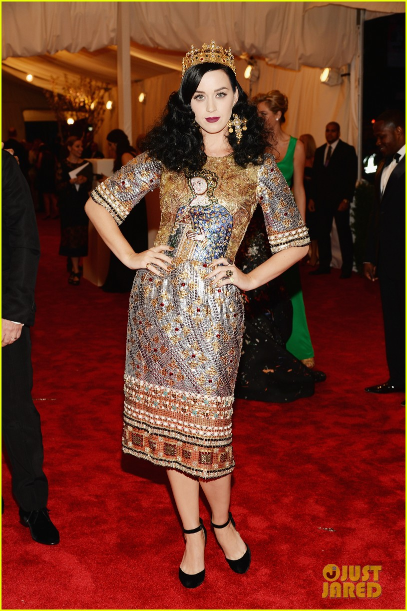katy perry met ball 2013 red carpet 022865244