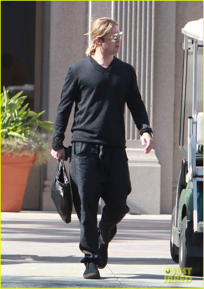 brad pitt steps out after angelina jolie double mastectomy 28