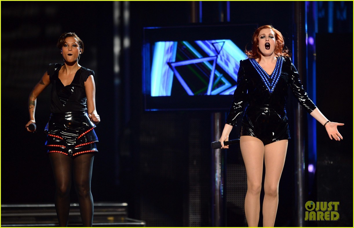 icona pop billboard music awards 2013 performance video 11