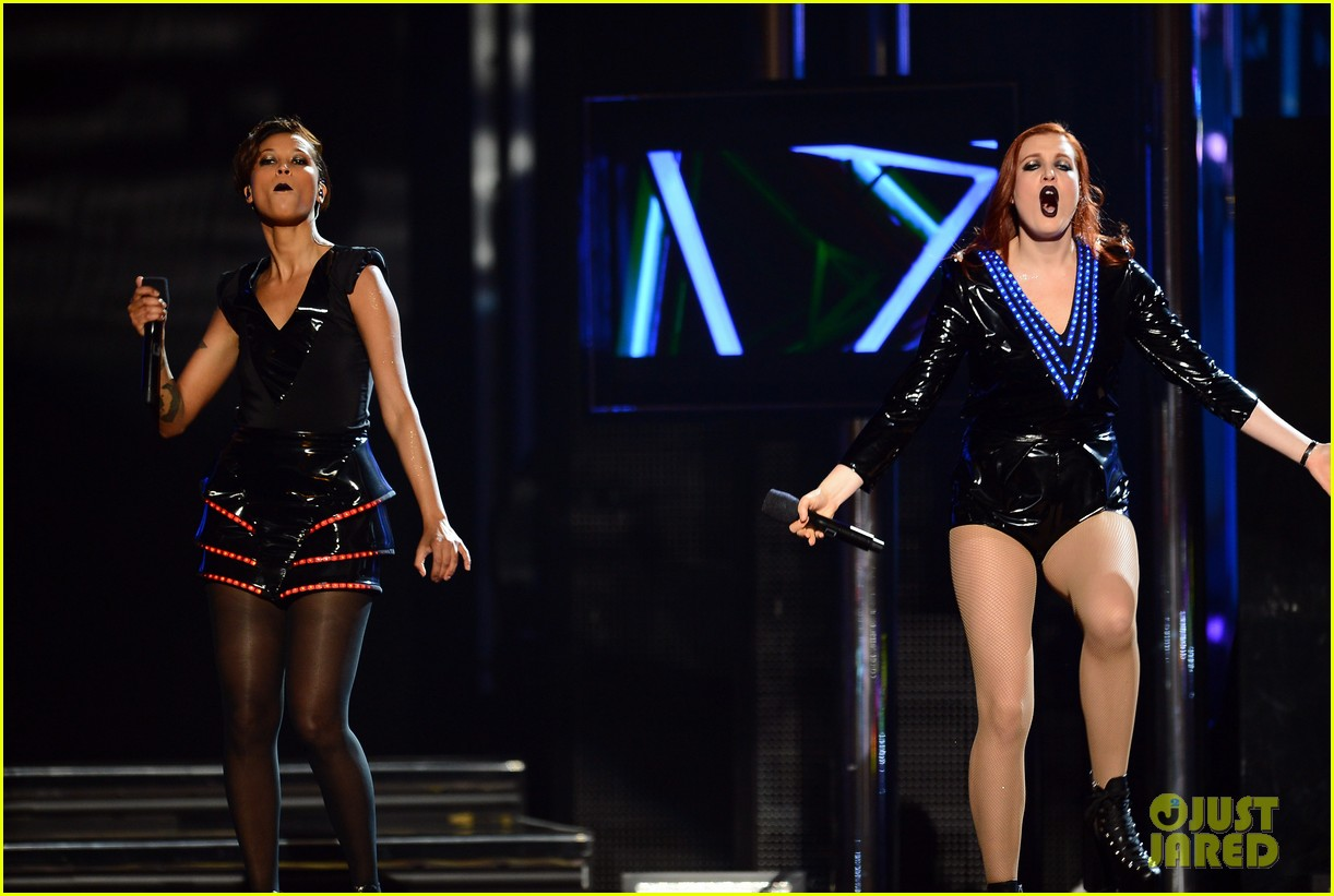 icona pop billboard music awards 2013 performance video 132874328