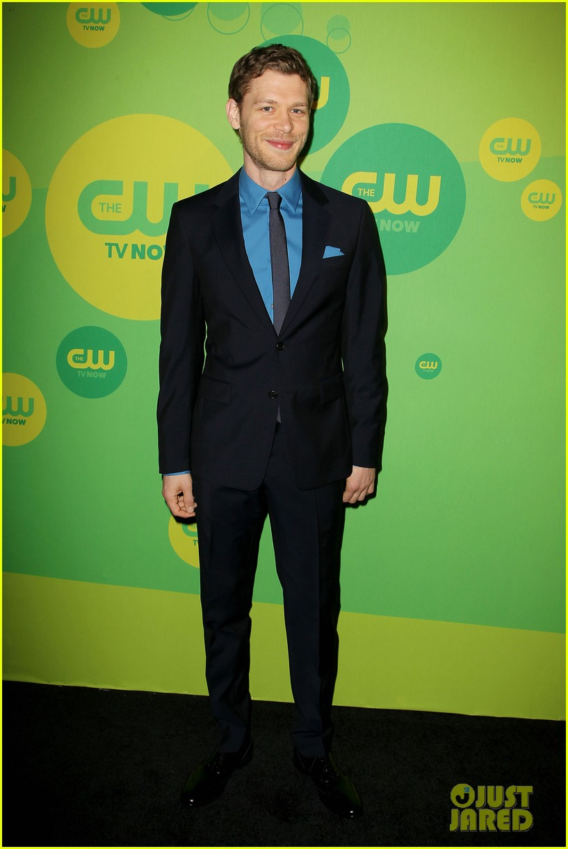 robbie amell matt lanter present new shows at cw upfront 42