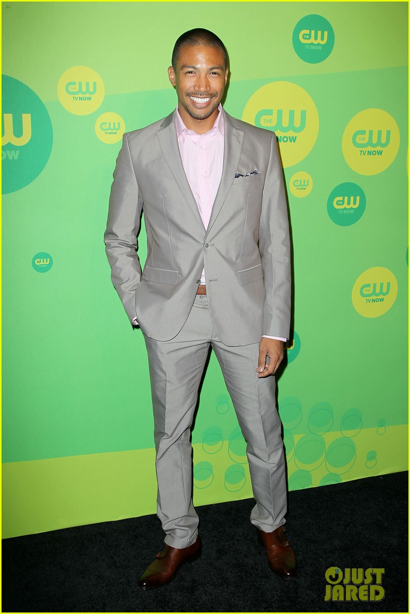 robbie amell matt lanter present new shows at cw upfront 482871897