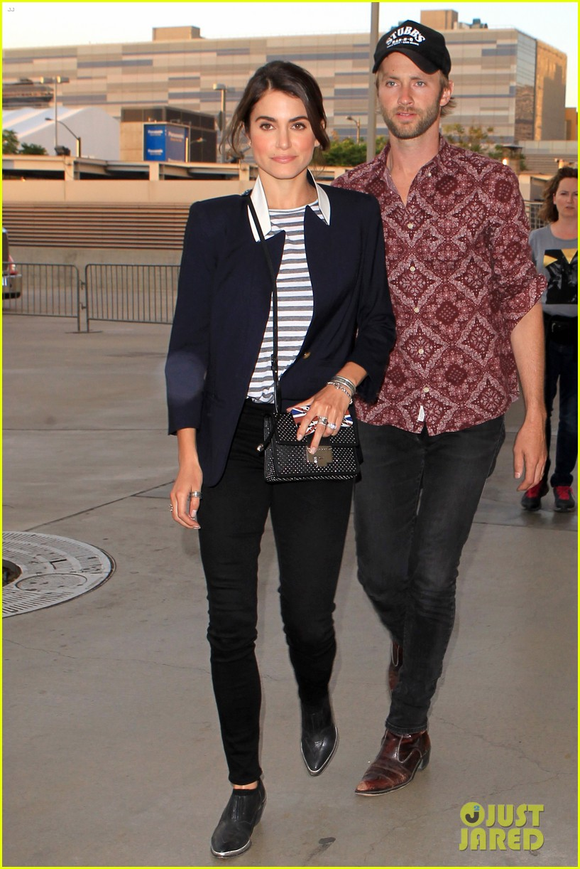nikki reed paul mcdonald rolling stones concert couple 02