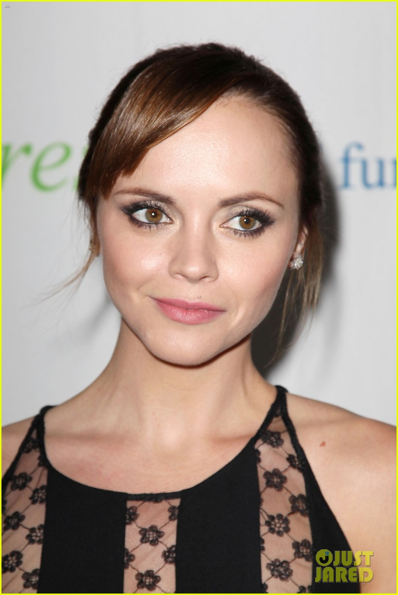 christina ricci fresh air fund event with victor cruz 112881079