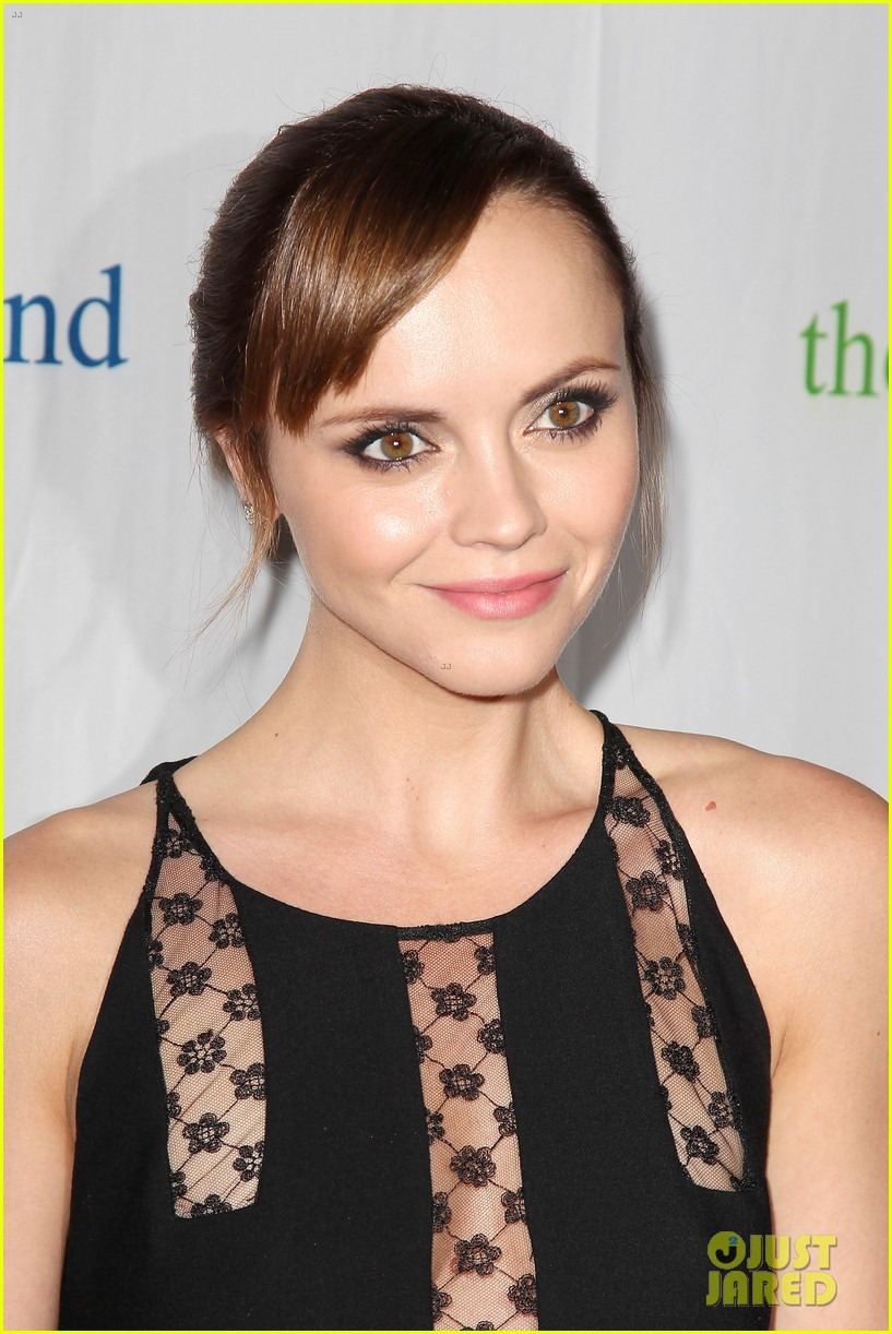 christina ricci fresh air fund event with victor cruz 15