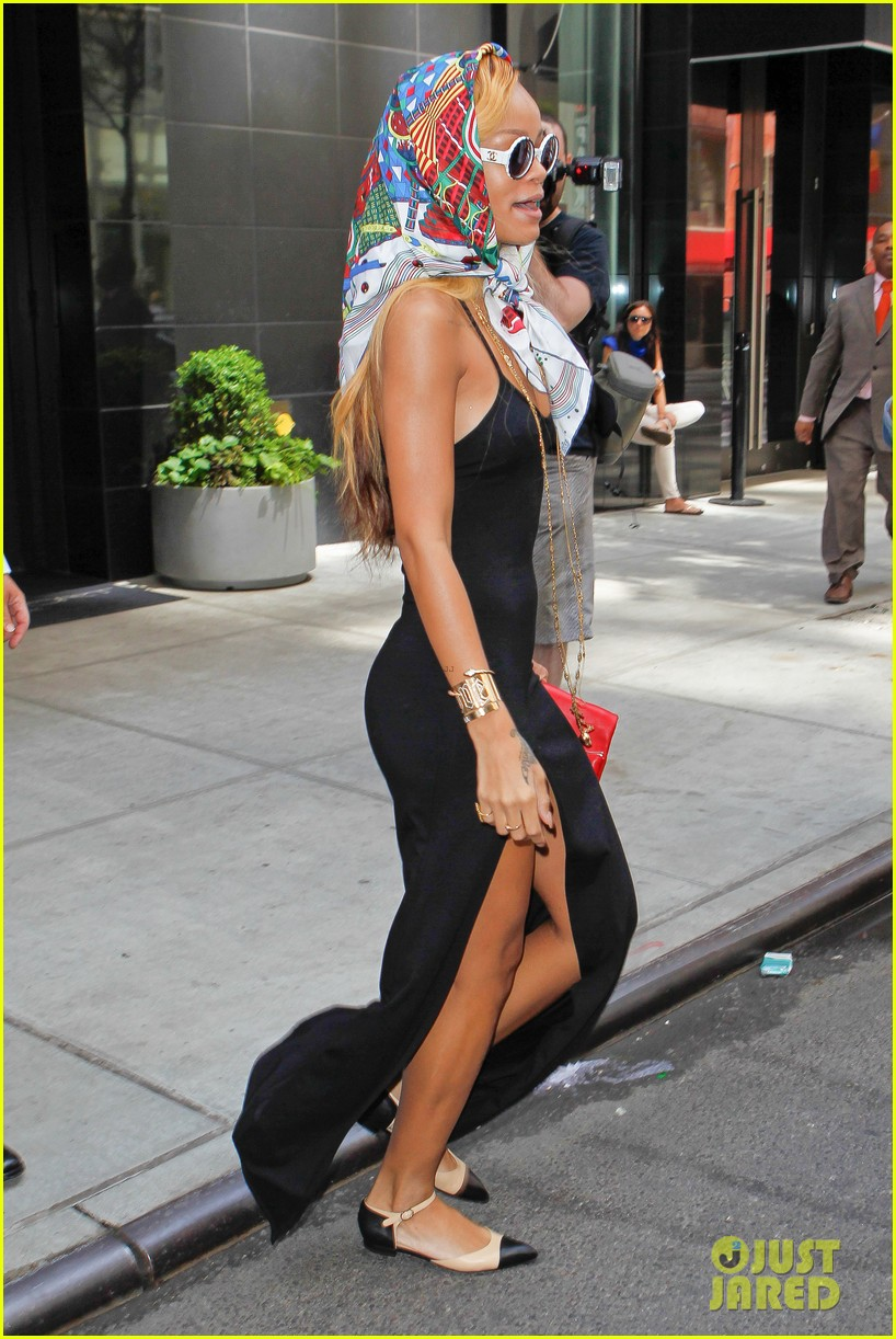 rihanna summer in de air in new york city 03